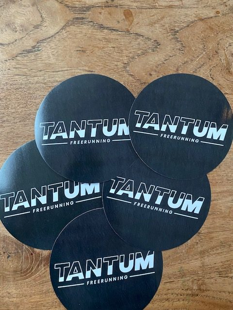 Sticker Tantum